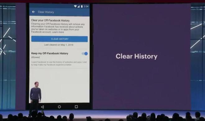 Tính năng xóa lịch sử tài khoản (Clear History) được giới thiệu vào tháng 5/2018.