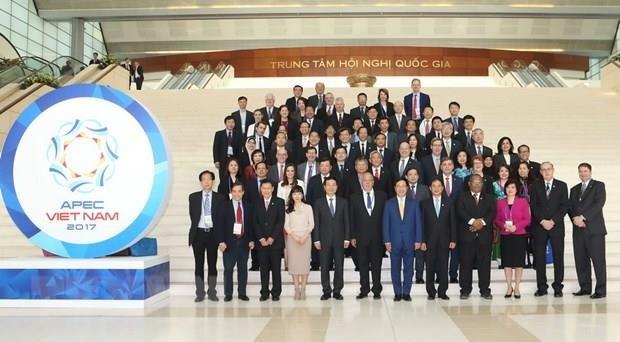 Phó Thủ tướng, Bộ trưởng Ngoại giao Phạm Bình Minh và các đại biểu dự Phiên khai mạc. (Ảnh: Doãn Tấn/TTXVN)