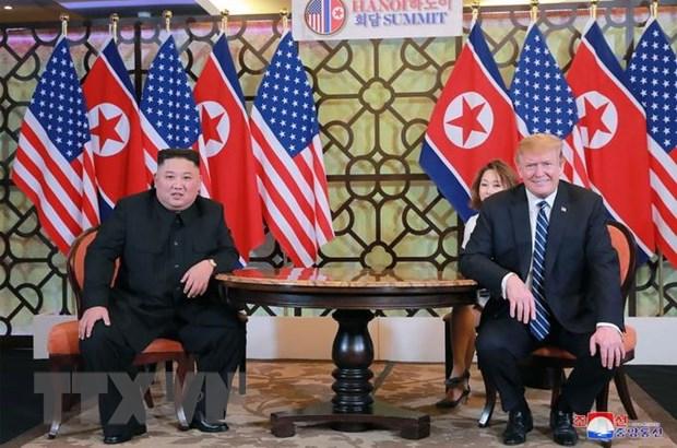 Tổng thống Mỹ Donald Trump (phải) và nhà lãnh đạo Triều Tiên Kim Jong-un (trái) tại cuộc gặp ở Hà Nội ngày 28/2/2019. (Ảnh: AFP/TTXVN)