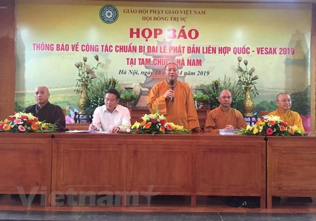 Hòa thượng Thích Gia Quang cung cấp thông tin liên quan tới Đại lễ Phật đản Liên hợp quốc - Vesak 2019 cho phóng viên chiều 18/4. (Ảnh: PV/Vietnam+)