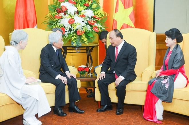 Trong cuộc hội kiến với Nhà vua và Hoàng hậu Nhật Bản chiều 2-3-2017, Thủ tướng Chính phủ Nguyễn Xuân Phúc đã bày tỏ tin tưởng rằng chuyến thăm Việt Nam của Nhật hoàng và Hoàng hậu Akihito tạo xung lực mới thúc đẩy hợp tác giữa doanh nghiệp hai nước trong thời gian tới.