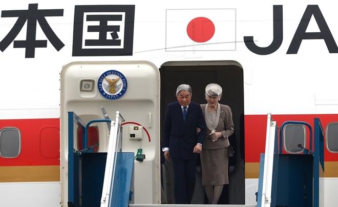 Nhận lời mời của Chủ tịch nước Trần Đại Quang, Nhà vua Nhật Bản Akihito và Hoàng hậu Michiko thực hiện chuyến thăm cấp Nhà nước lần đầu tiên tới Việt Nam từ ngày 28-2-2017 đến 5-3-2017.