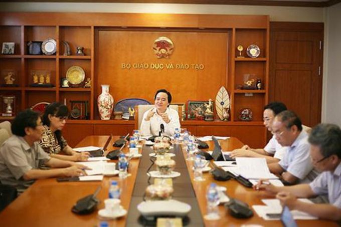 Bộ trưởng Bộ GD&ĐT Phùng Xuân Nhạ chủ trì họp rà soát lại công tác chuẩn bị kỳ thi THPT quốc gia năm 2019.