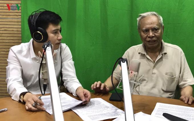 Ông Lê Quang Thưởng trao đổi với phóng viên Đài Tiếng nói Việt Nam.
