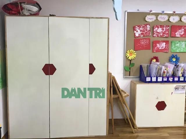 Tủ quần áo, nơi cô giáo nhốt trẻ vào khoảng 50 giây vì không nghe lời. (Ảnh: M. H).