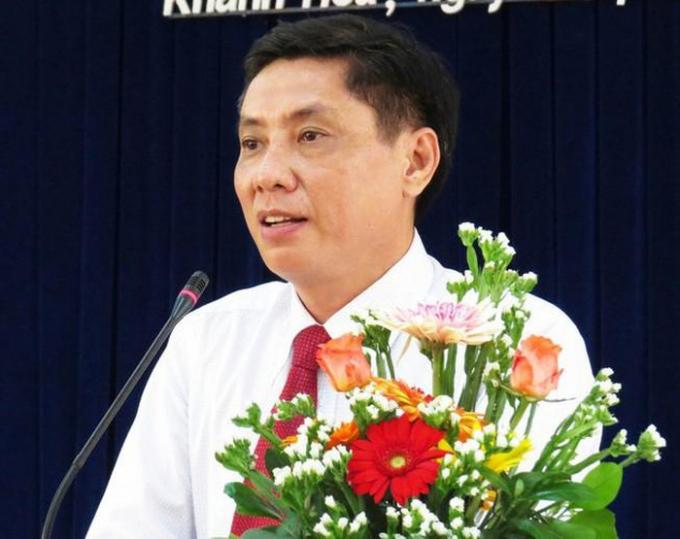 Ông Lê Đức Vinh, Chủ tịch UBND tỉnh Khánh Hòa, tự nhận hình thức kỷ luật cảnh cáo.