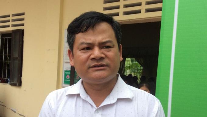 Trưởng thôn Nguyễn Khắc Thiện.