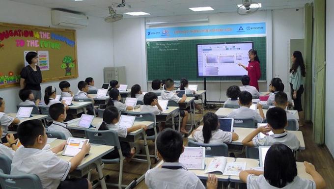 Tiết học áp dụng SmartEdu tại trường tiểu học Archimedes.