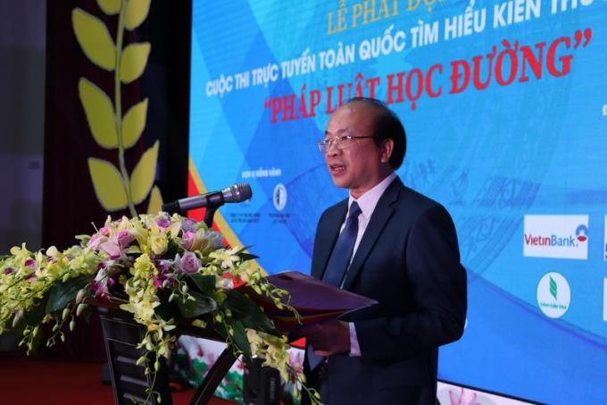 Thứ trưởng Bộ Tư pháp Phan Chí Hiếu – Trưởng Ban Tổ chức cuộc thi  phát biểu tại Lễ phát động cuộc thi