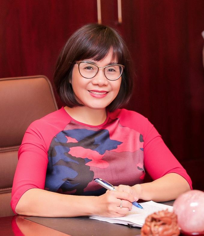 Thứ trưởng Đặng Hoàng Oanh cho rằng, những kết quả trong công tác đào tạo cán bộ pháp luật ở nước ta, có sự đóng góp quan trọng của Đại học Luật Hà Nội