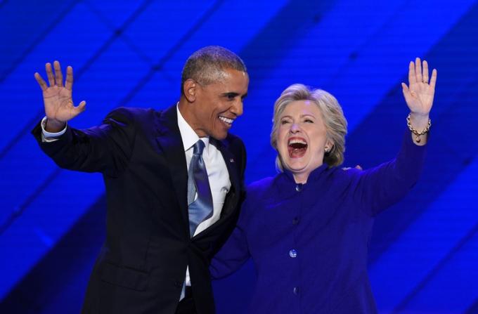 Ông Obama ủng hộ hết mình bà Clinton thời bà chạy đua vào Nhà Trắng năm 2016. Ảnh: NBC NEWS