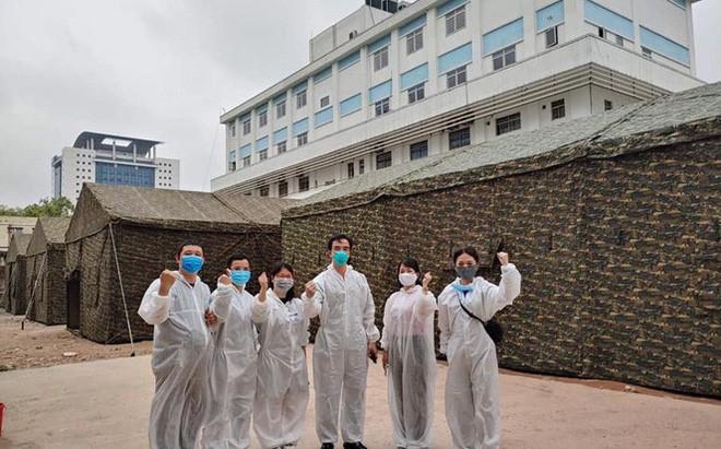 Bệnh viện Bạch Mai được quân đội hỗ trợ xây dựng trong đêm