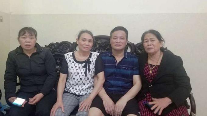 Vợ chồng ông Nguyễn Văn Lẫm và bà Phạm Thị Quyết được cho bảo lãnh tại ngoại trong thời gian gian chờ phiên toà phúc thẩm.