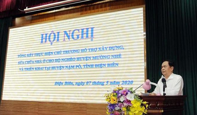 Đồng chí Trần Thanh Mẫn, Chủ tịch Ủy ban Trung ương MTTQ Tổ quốc Việt Nam  phát biểu tại Hội nghị.