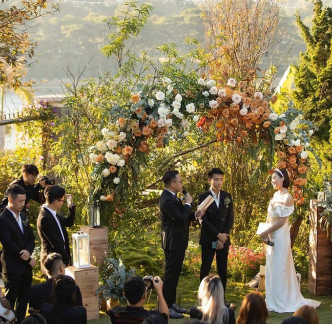 Trước đó cặp đôi đã bí mật tổ chức đám cưới tại Đà Lạt