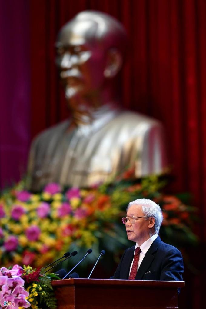 Theo Tổng bí thư, Chủ tịch nước Nguyễn Phú Trọng, cuộc đời 79 mùa Xuân của Chủ tịch Hồ Chí Minh là biểu tượng cao đẹp nhất của chủ nghĩa yêu nước và chủ nghĩa anh hùng cách mạng Việt Nam. Ảnh: Hoàng Hà.