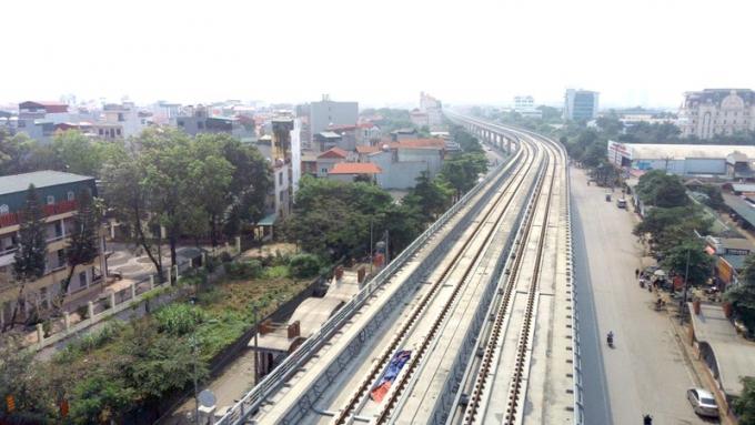 Đoạn trên cao của tuyến đường sắt Nhổn – ga Hà Nội.