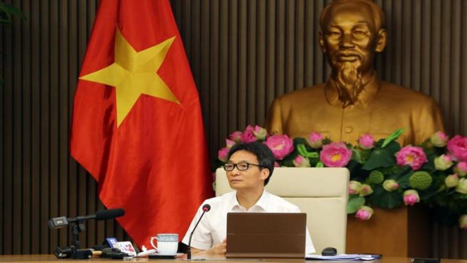 Phó Thủ tướng Vũ Đức Đam chủ trì cuộc họp. Ảnh: VGP/Đình Nam