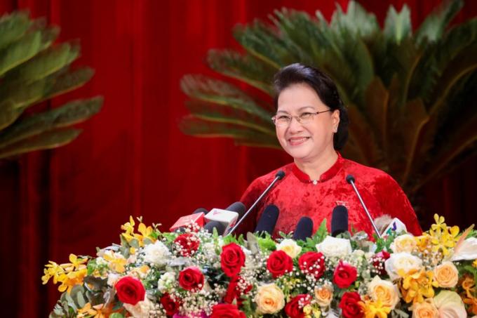 Chủ tịch Quốc hội Nguyễn Thị Kim Ngân phát biểu chỉ đạo tại Đại hội Đảng bộ tỉnh Quảng Ninh.