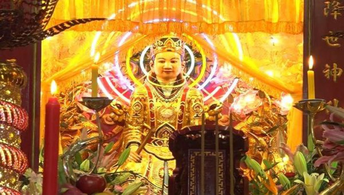 Thánh Mẫu Thiên Y A Na được thờ tại di tích Am Chúa.
