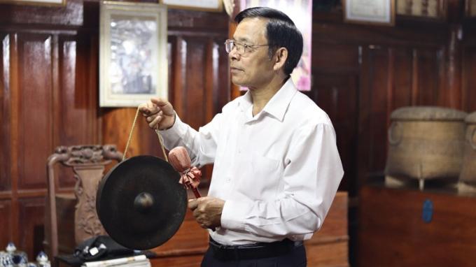 Ông Bùi Văn Nỏm là người đã thổi lên phong trào hát dân ca trong cộng đồng người Mường tại huyện Lạc Sơn – Hòa Bình hiện nay.