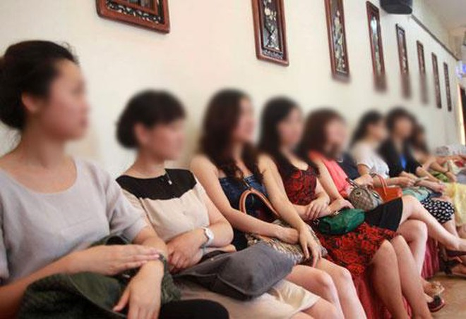 Nhập vai phụ nữ đi tìm chồng thông qua câu lạc bộ môi giới ở Hà Nội