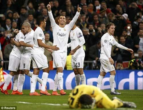 Ronaldo khai thông thế bế tắc cho Real