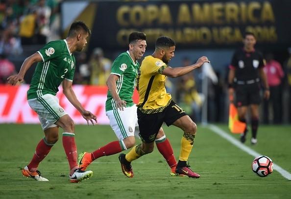 Toàn cảnh Mexico vs Jamaica: Chicharito ghi bàn Mexico giành vé vào tứ kết