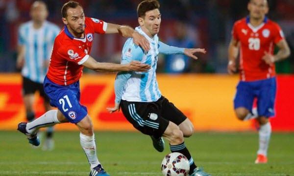 Messi và các đồng đội có cơ hội trả món nợ đã vay Chile ở trận chung kết Copa America 2016.