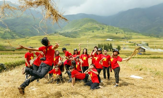 Tú Lệ cũng là địa điểm được rất nhiều bạn trẻ chọn để phượt, chiêm ngưỡng cảnh tượng mùa vàng hùng vĩ.
