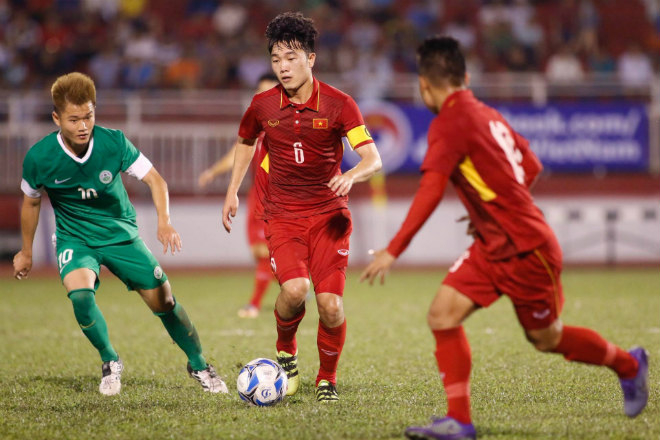 Ở môn bóng đá nam, U22 Việt Nam sẽ có trận mở màn gặpU22 Đông Timor, trận đấu được tường thuật trực tiếp trên VTV6.