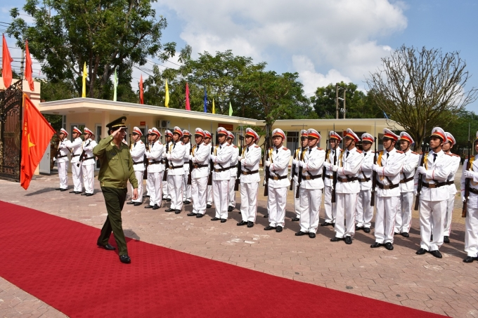 Lễ đón Bộ trưởng Trần Đại Quang theo nghi lễ CAND