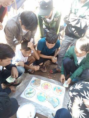Nhiều trẻ sử dụng tiền lì xì vào trò