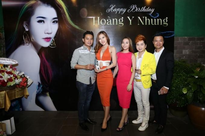 """Hoàng Y Nhung kể chuyện tình tay ba trong """"Hạnh phúc của người khác"""""""