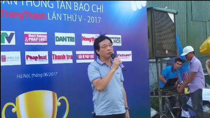 Ông Nguyễn Văn Hùng, hàm Vụ trưởng Vụ Báo chí Xuất bản phát biểu tại buổi lễ.