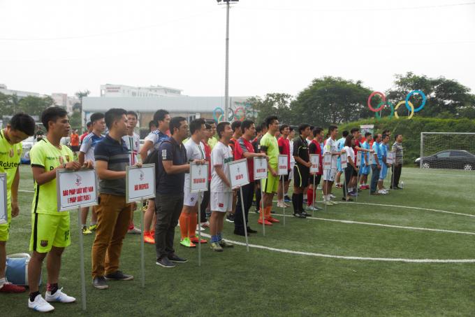 Năm nay tại khu vực Hà Nội có 13 đội tham dự giải đấu.