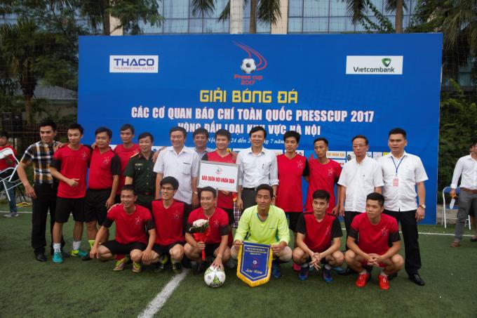 Báo Pháp luật Việt Nam giành chiến thắng trước đội bóng VOV tại giải Press cup 2017