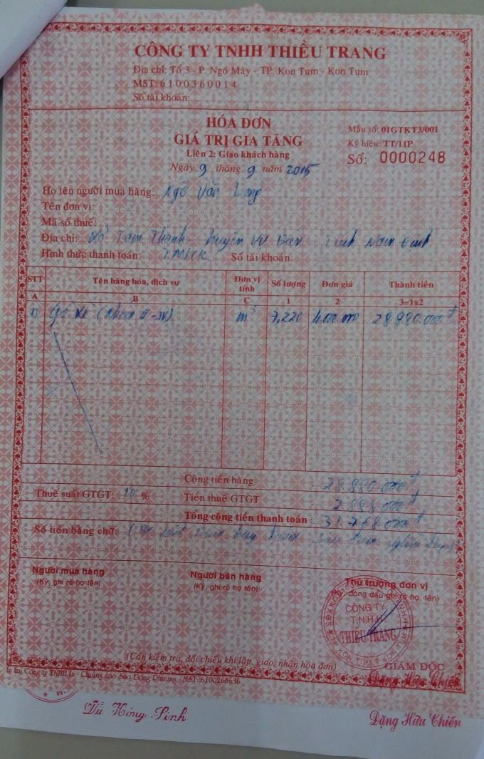 Hoá đơn do lái xe TK - 7526, Trần Chí Cường xuất trình với cơ quan Kiểm lâm Hà Tĩnh.