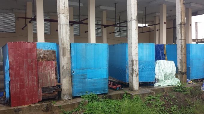 Nhà xưởng và máy của dự án được nhập về nay trong tình trạng