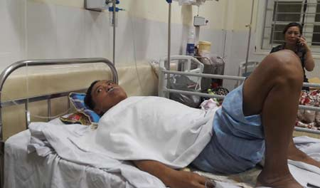 Anh Nguyễn Văn Bình, người may mắn thoát chết trong sự cố tai biến y khoa nghiêm trọng.