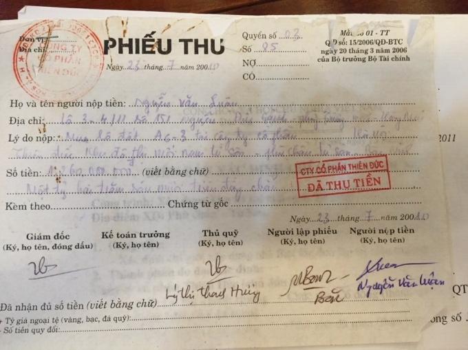 Phiếu thu mua lô đất A6-3 của ông Luận và bà Lý Thị Thanh Hương ký tên Giám đốc.