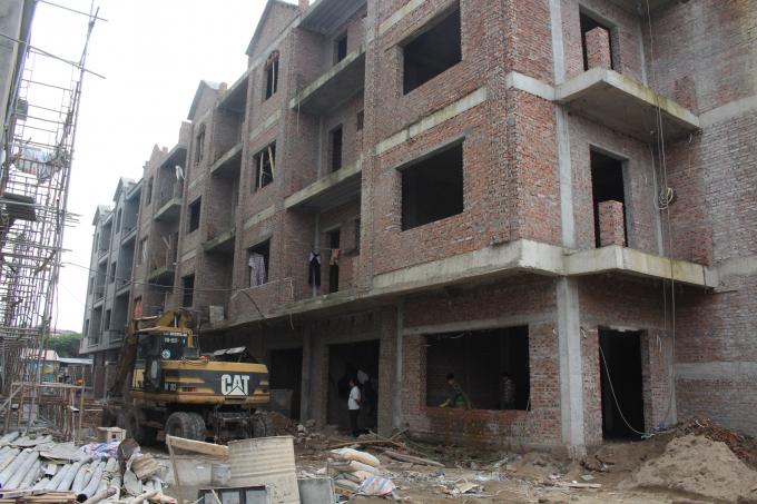 Ở diễn biến khác, dự án tại khu đất 129D Trương Địnhdo Công ty cổ phần Đầu tư và Phát triển nhàHà Nội 22 (Handico22) hợp tác cùng Công ty CP Đồng Tháp làm chủ đầu tư.