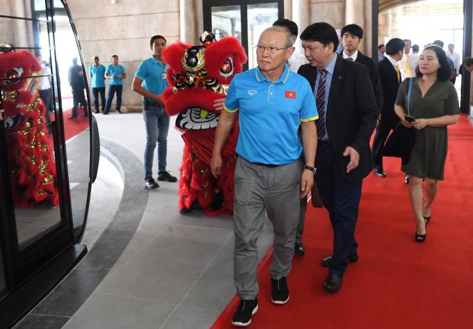 HLV Park tham dự sự kiện khai trương cáp treo Hòn Thơm.