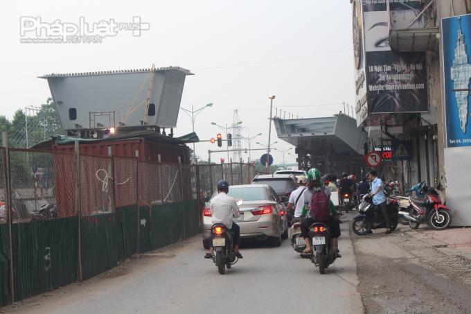 Nếu dự án tiếp tục chậm tiến độ trong thời gian dài tới, khu vực này có thể trở thành điểm đen về ùn tắc giao thông.