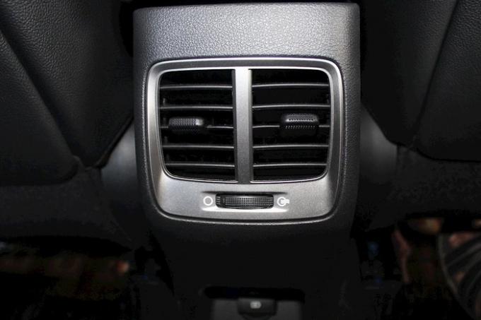 Hyundai Accent 2019 sẽ có thêm cửa gió điều hoà hàng ghế sau