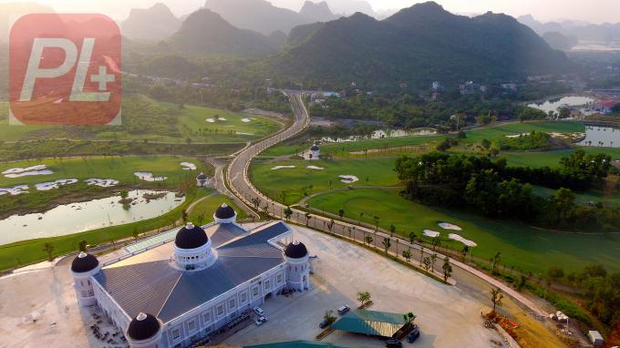 Dự án sân golf Kim Bảng được Thủ tướng Chính phủ phê duyệt chủ trương đầu tư với quy mô 36 lỗ, trên diện tích gần 200 ha. Ảnh Golfasian.vn.