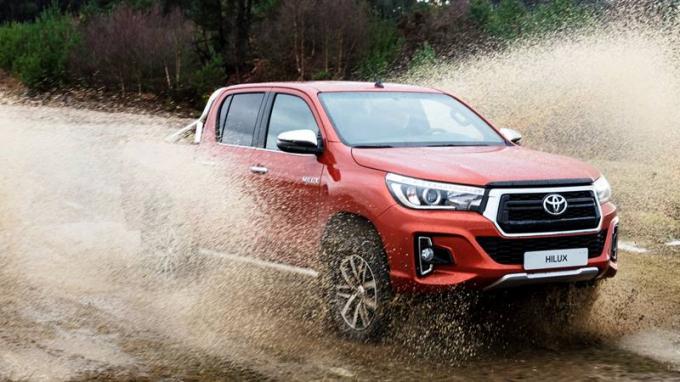Toyota Việt Nam sẽ tiến hành triệu hồi xe bán tải Toyota Hilux thuộc phiên bản 2019.