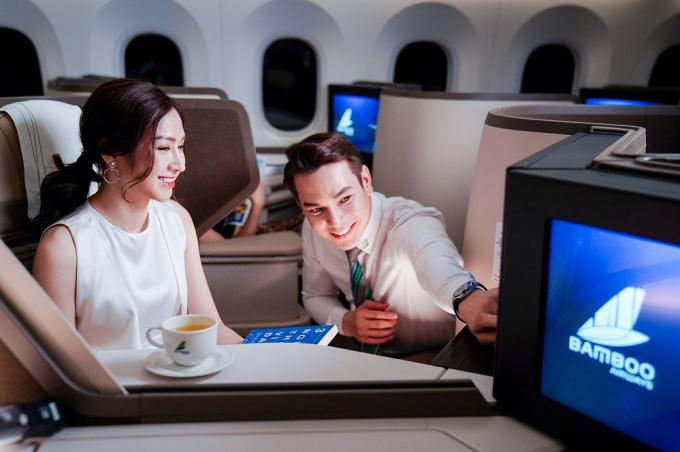 """Bamboo Airways mang tới cơ hội trải nghiệm dịch vụ 5 sao với giá ưu đãi thông qua chương trình """"Happy Flight – Chuyến bay hạnh phúc""""."""