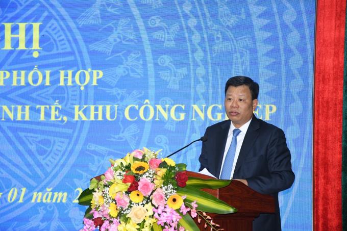Trưởng BQLKKT lê Trung Kiên báo cáo tại Hội nghị lễ ký kết