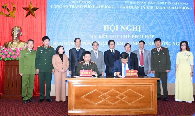 Chủ tịch UBND TP Nguyễn Văn Tùng phát biểu tại Hội nghị ký kết